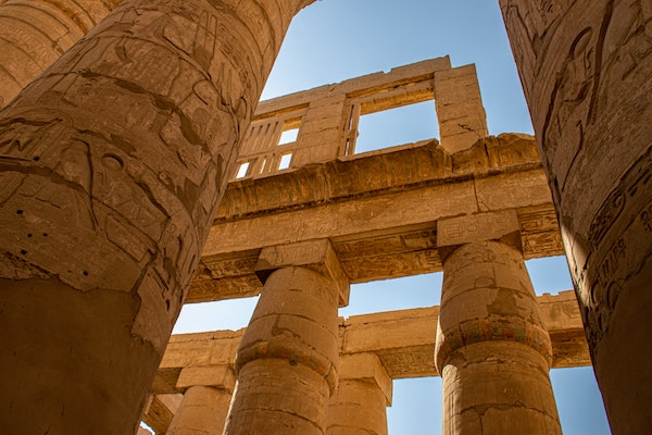 archaeologists-uncover-egypts-lost-golden-city-buried-under-the-sands.jpg