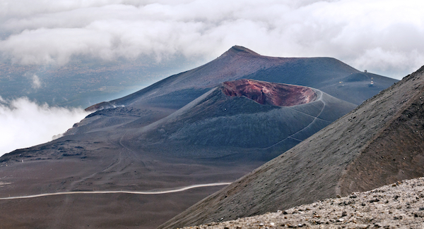 mount-etna-europes-largest-volcano-has-had-a-100ft-growth-spurt-in-6-months-1.jpg