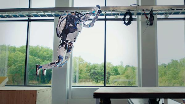 watch-boston-dynamics-atlas-robots-perform-parkour-better-than-most-people-1.jpg